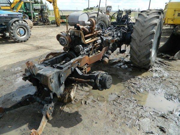 pezzi di ricambi  b/u zapchasti / used spare parts per trattore DEUTZ-FAHR AGROTRON 130