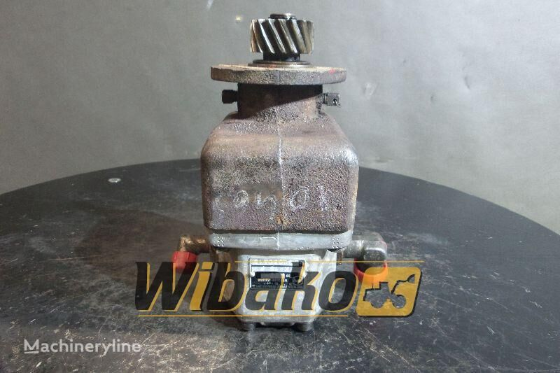 pezzi di ricambi  Gear pump WPH EZ2-K-16P per escavatore EZ2-K-16P