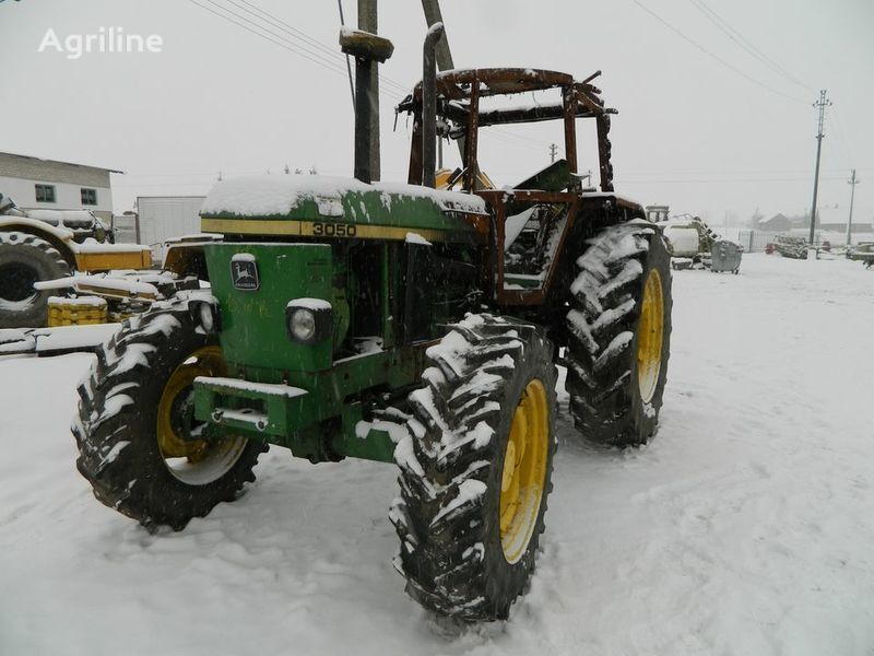 pezzi di ricambi  b/u zapchasti / used spare parts per trattore JOHN DEERE 3050