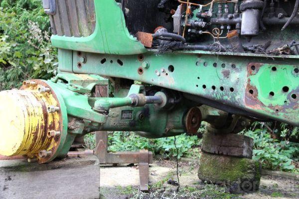 pezzi di ricambi  JOHN DEERE 6920 b/u zapchasti / used spare parts per trattore JOHN DEERE 6920