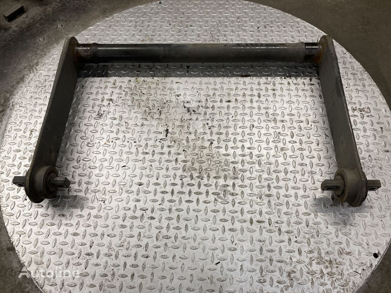 pezzi di ricambi  Torsiestaaf achteras per camion MERCEDES-BENZ Torsiestaaf achteras