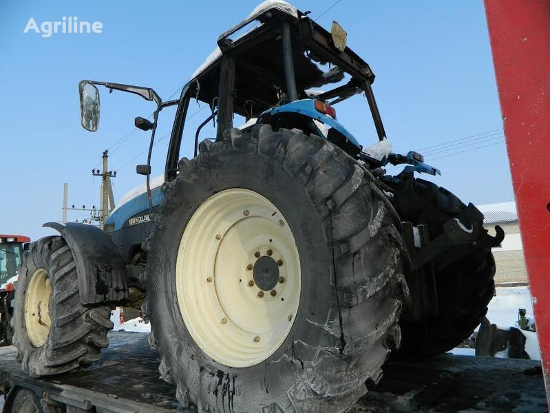 pezzi di ricambi  b/u zapchasti / used spare parts per trattore NEW HOLLAND 8360