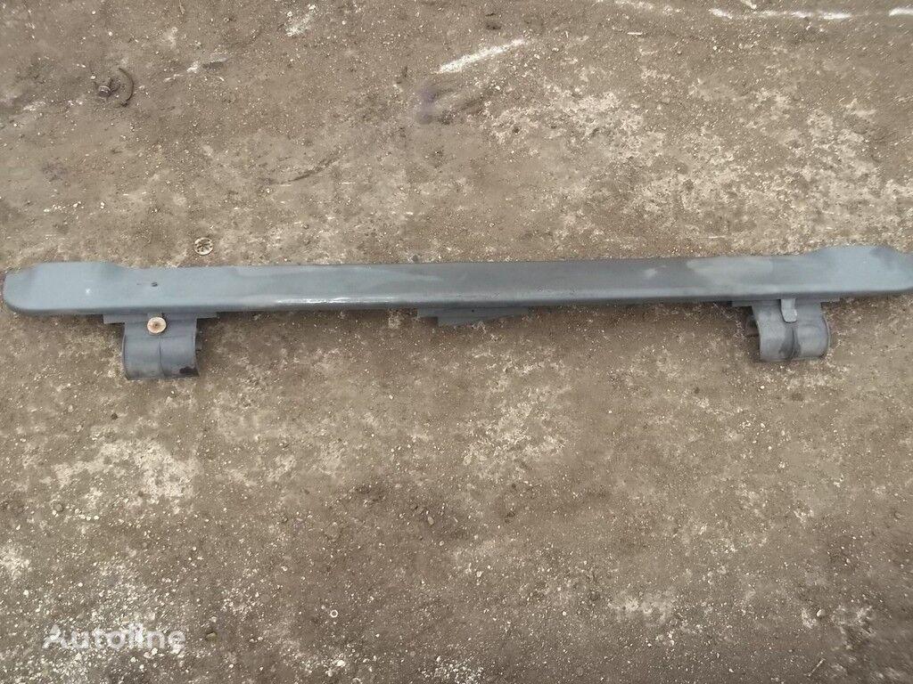 pezzi di ricambi  Zaslonka podveski kabiny per camion SCANIA