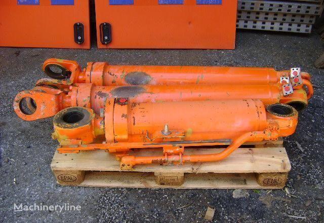 pistone per escavatore FIAT Hitachi W 230