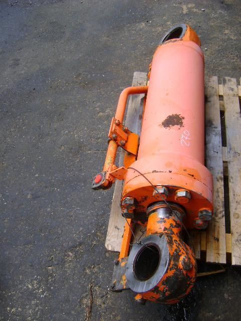pistone per escavatore FIAT Hitachi W 270