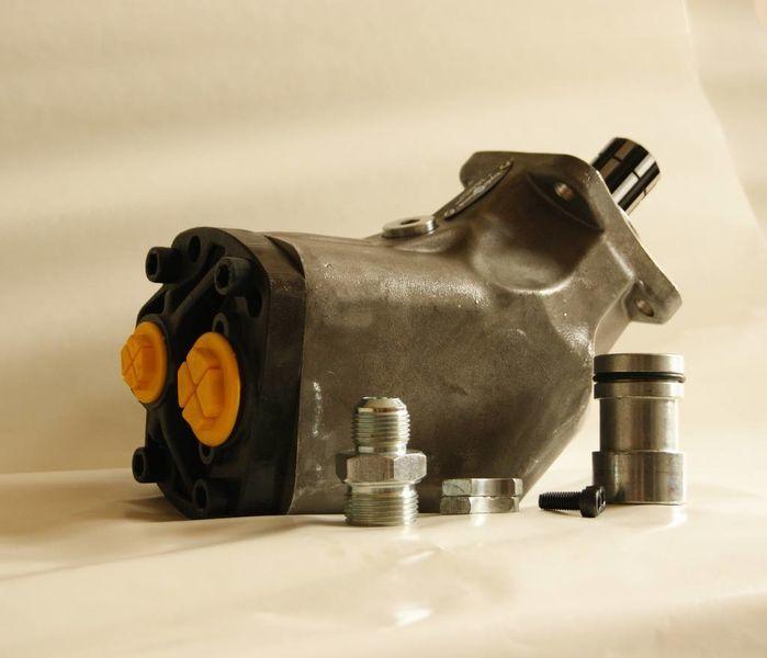 pompa idraulica  aksialno-porshnevoy 85 l/min. per trattore stradale nuova