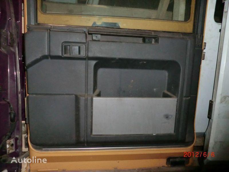 porta  Obshivka per trattore stradale RENAULT Magnum