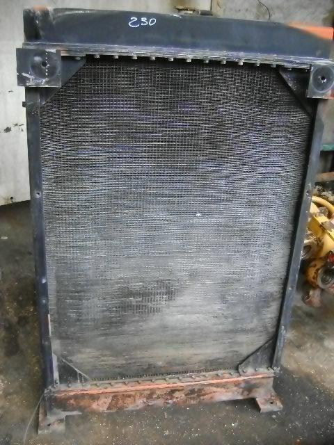 radiatore di raffreddamento motore per pala gommata FIAT-HITACHI W 230