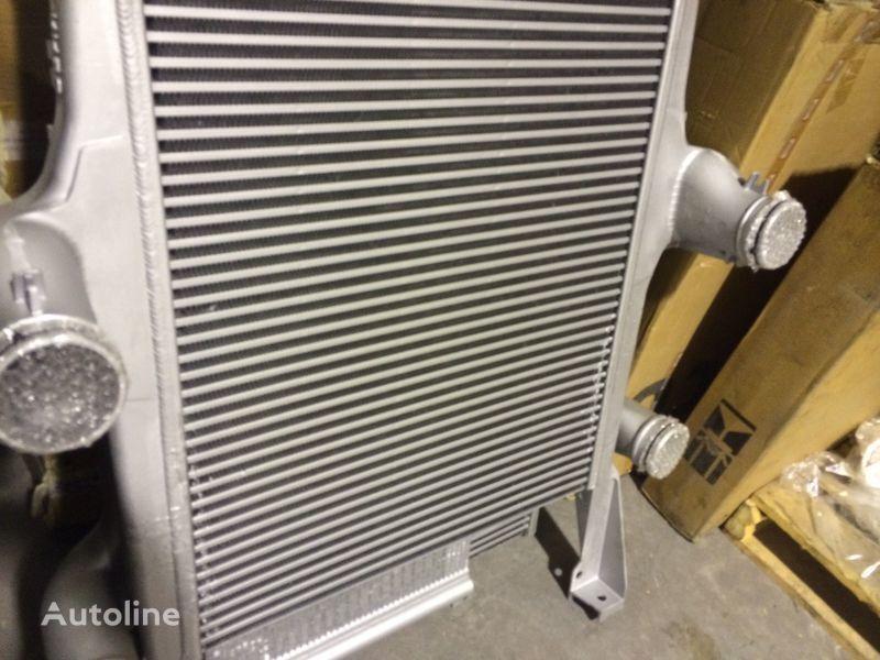 radiatore di raffreddamento motore  IVECO INTERCOOLER per trattore stradale IVECO EUROSTAR CURSOR 190 E39 nuovo