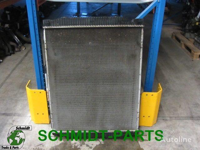 radiatore di raffreddamento motore per trattore stradale IVECO  Stralis