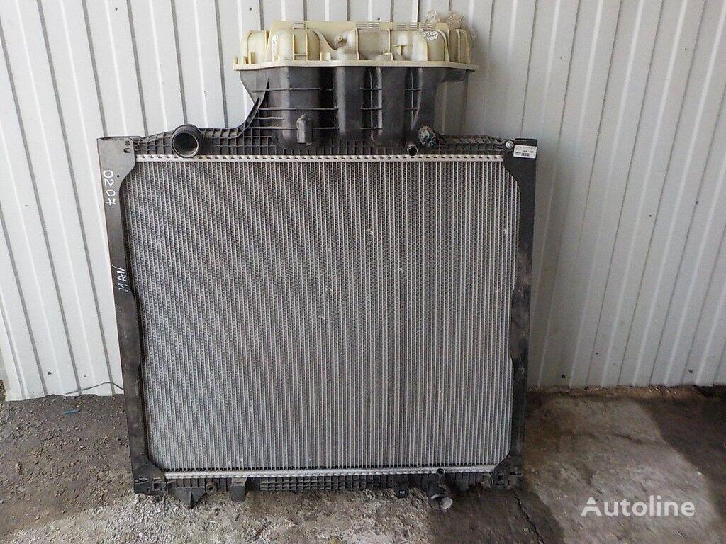 radiatore di raffreddamento motore per camion MAN
