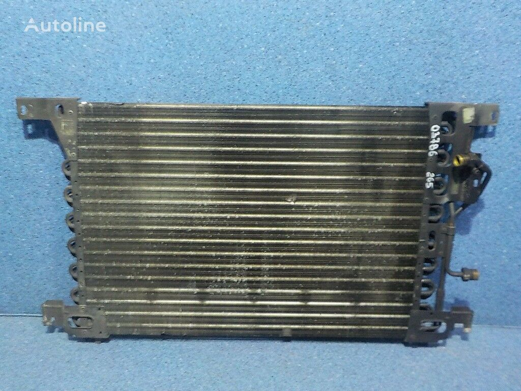 radiatore di raffreddamento motore per camion MERCEDES-BENZ