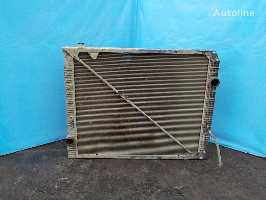 radiatore di raffreddamento motore  Radiator  (952*810*40) per camion MERCEDES-BENZ
