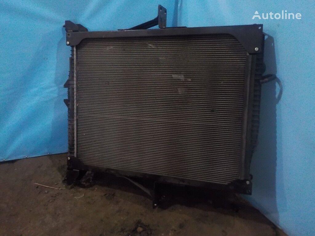 radiatore di raffreddamento motore per camion VOLVO
