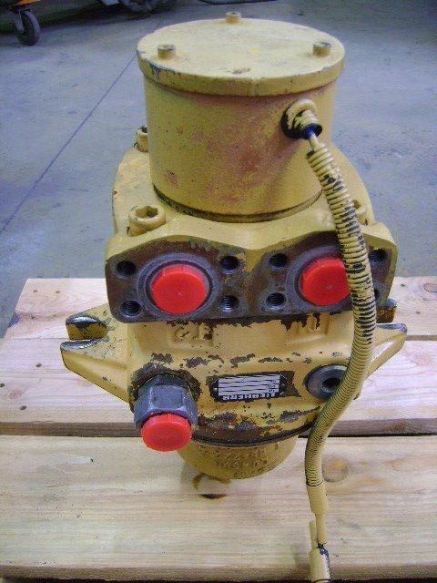 riduttore girevole  Motore di rotazione per altre macchine edili LIEBHERR