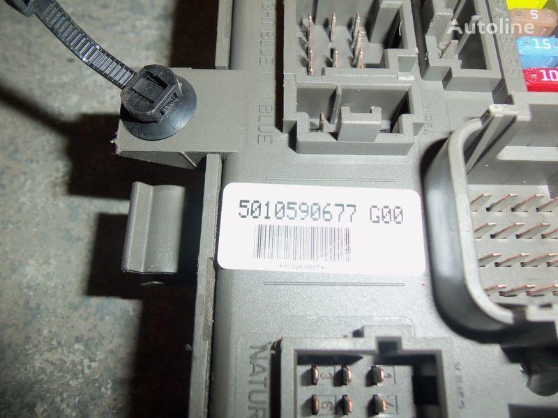scatola dei fusibili  Renault Premium DXI central electrical box, fuse box, 7421169993; 7421079590, 5010590677, 7421045777 per trattore stradale RENAULT Premium DXI
