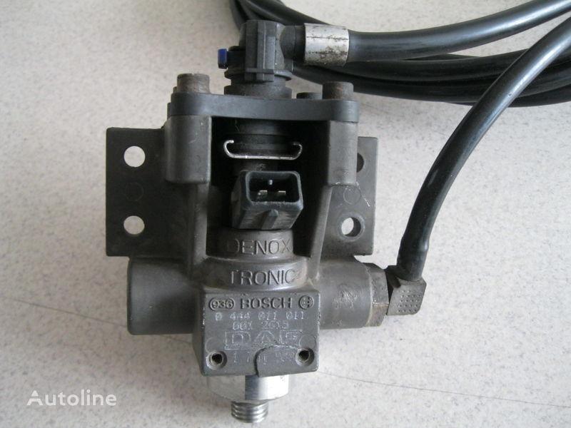 serbatoio AdBlue  ZAWÓR DOZUJĄCY per trattore stradale DAF XF 105 / CF 85