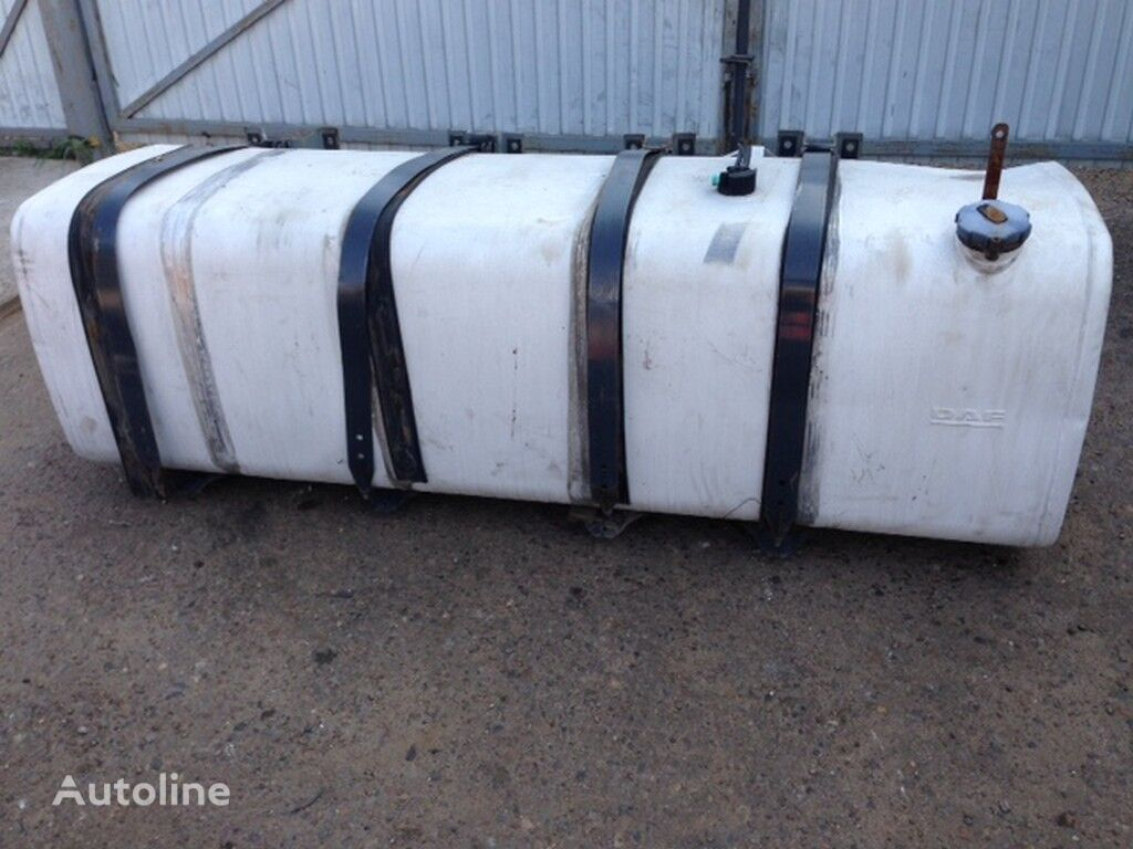 serbatoio carburante  alyuminievyy 995l (DAF 700H700H2220) per camion