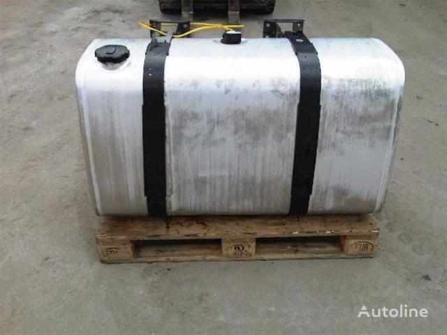 serbatoio carburante per camion VOLVO