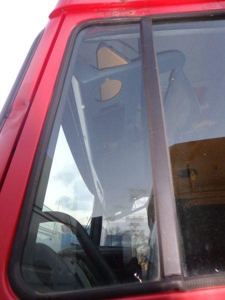 vetro  nepodemnoe per trattore stradale DAF XF