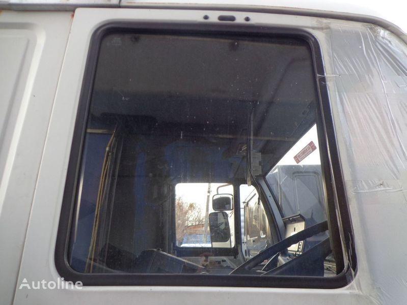 vetro  podemnoe per camion MAN 18