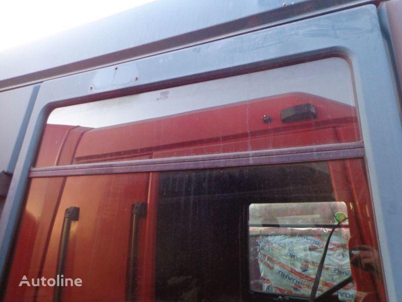 vetro  nepodemnoe per trattore stradale RENAULT Magnum