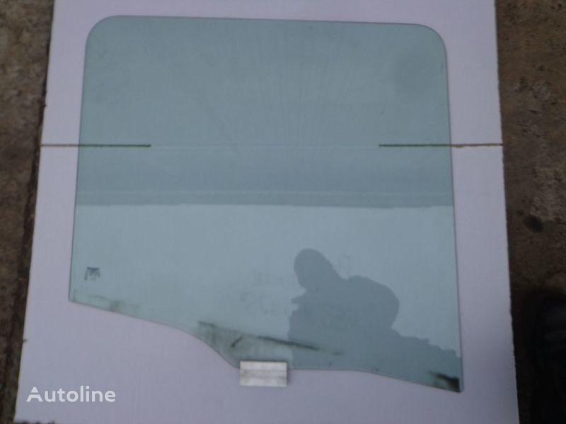vetro  bokovoe per camion SCANIA 94, 114, 124