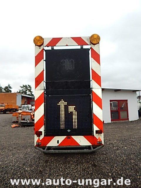 rimorchio pianale SCHMITZ Schiffner &amp Verkehrsleittafel LED