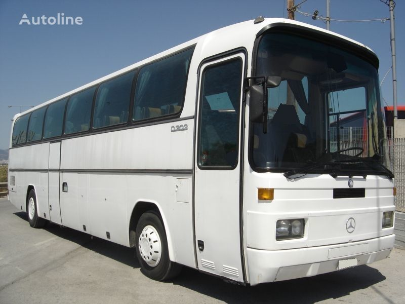 autobus interurbano MERCEDES-BENZ 303 15 RHD 0303