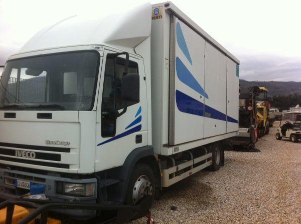 camion furgone IVECO 120 E 23