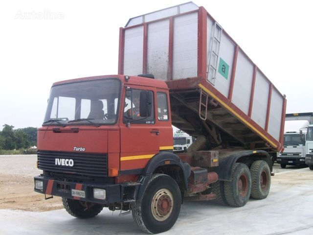 camion ribaltabile IVECO 330.30
