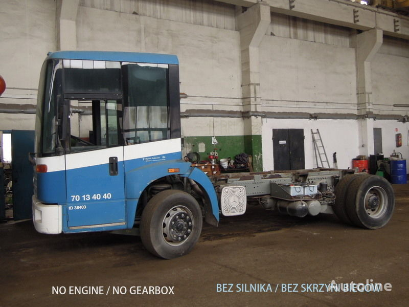 camion telaio MERCEDES-BENZ Econic 1828