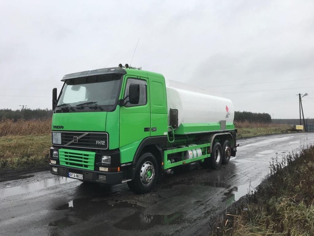 camion trasporto carburante VOLVO FH 12    340