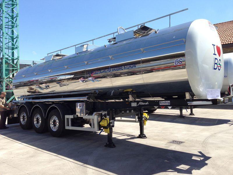 cisterna alimentare UNIFRIG Light 5.600 kg