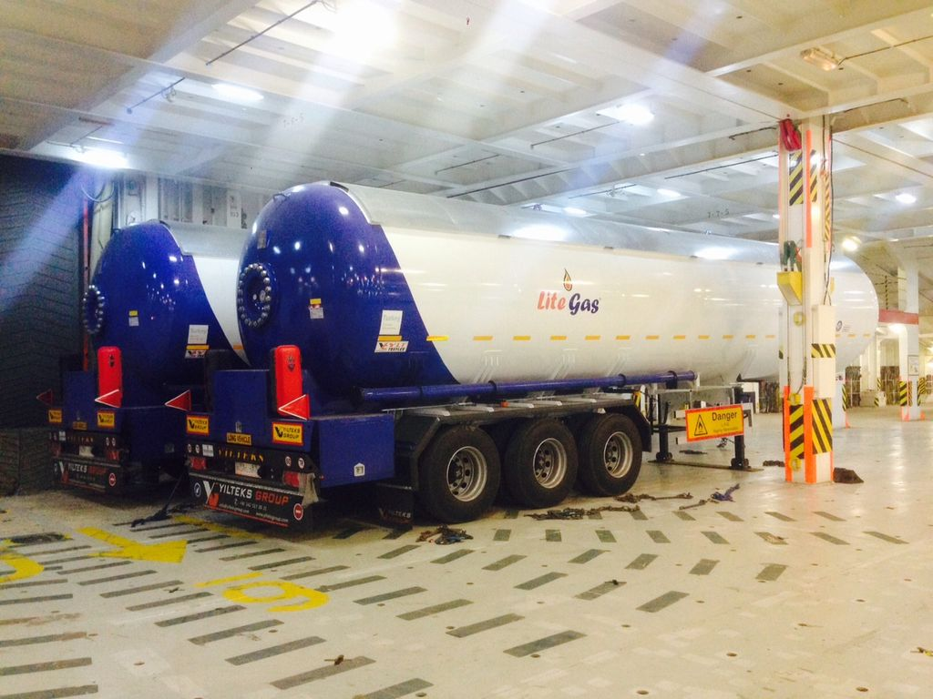 cisterna per gas YILTEKS Semi Trailer LPG Tank 57m3 nuova