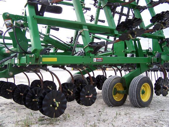 coltivatore Verti Till pereoborudovanie kultivatorov ot Yetter (analog Salf