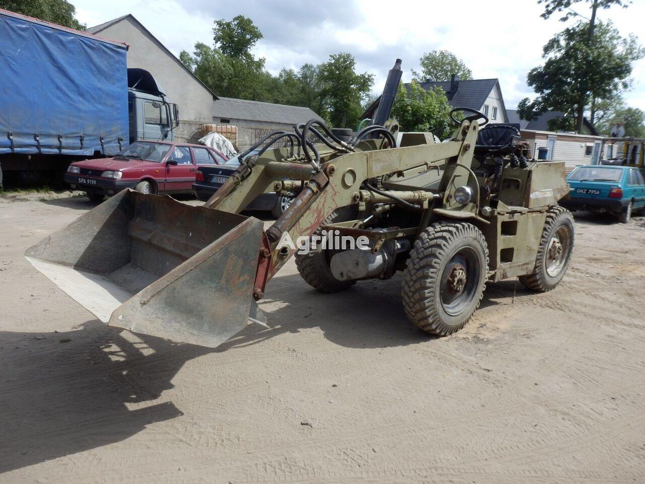 trattore gommato FORTSCHRITT HT 140  4X4