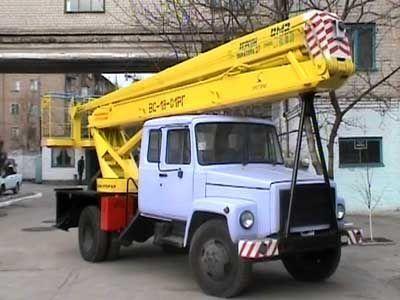 autocarrata GAZ VS—18 Podemnik VS—18 s 5ti mestnoy kabinoy