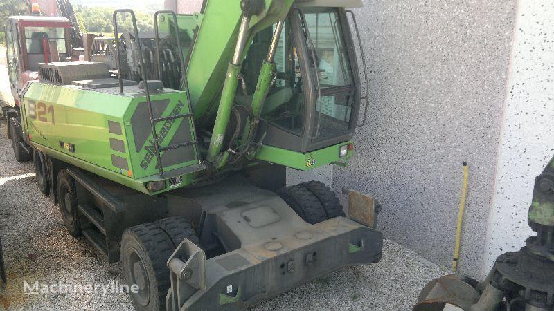 escavatore per demolizione SENNEBOGEN 821 M