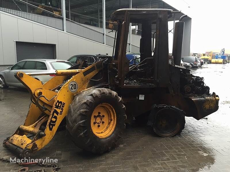 pala gommata JCB 407BZX (For Parts)