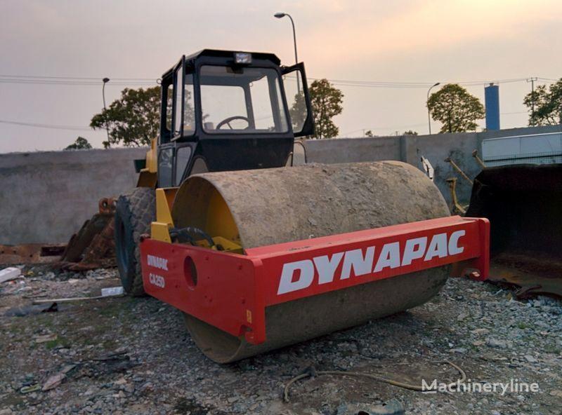 rullo compattatore monotamburo DYNAPAC CA25D