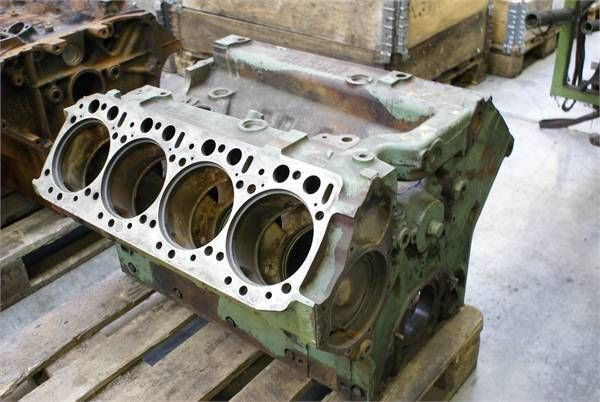blocco cilindri MERCEDES-BENZ OM 402.1BLOCK per altre macchine edili MERCEDES-BENZ OM 402.1BLOCK