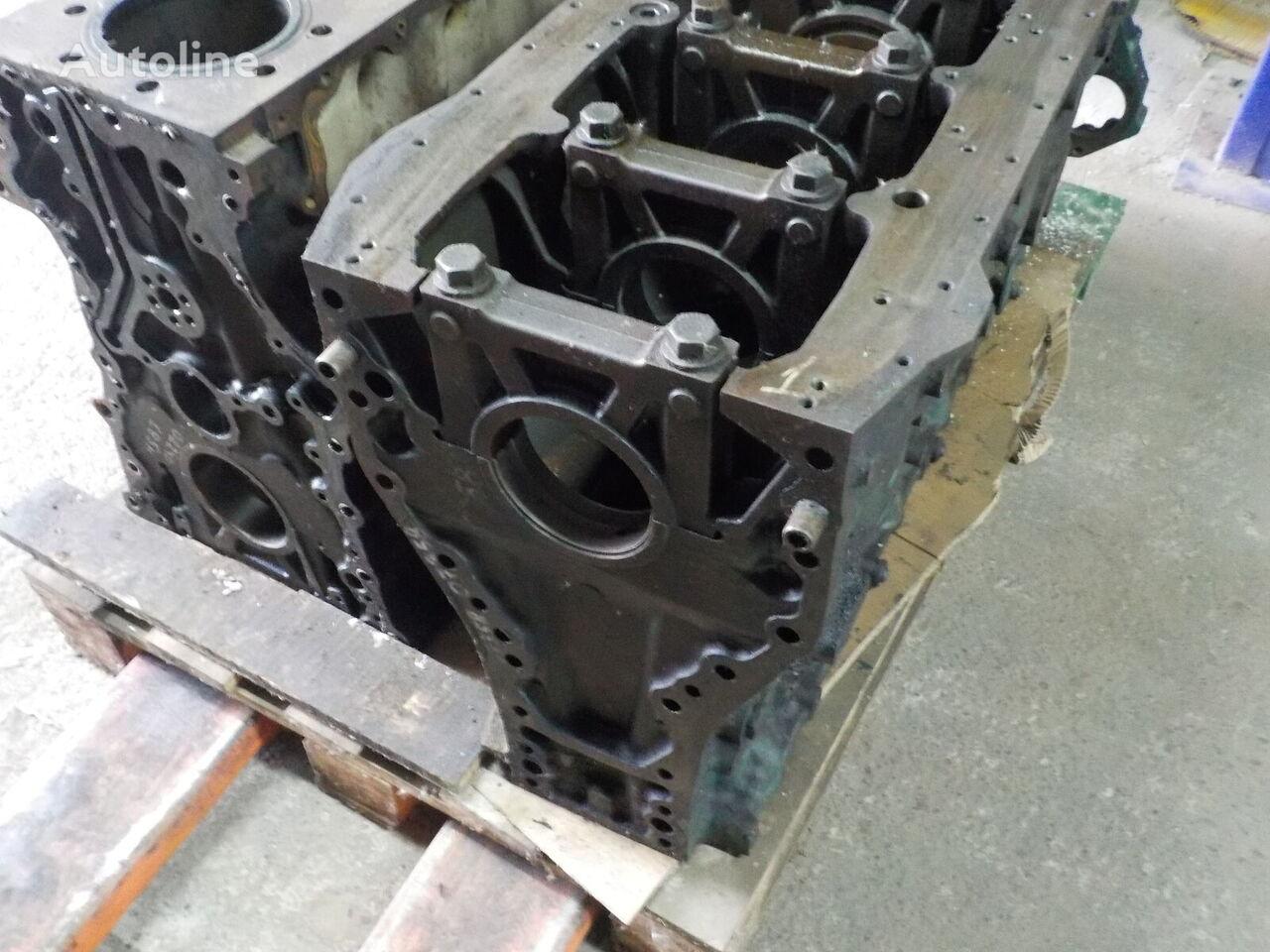 blocco cilindri VOLVO per camion VOLVO  D12A