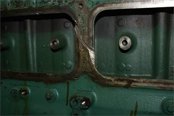 blocco cilindri VOLVO TD 101 OGBLOCK per autobus VOLVO TD 101 OGBLOCK