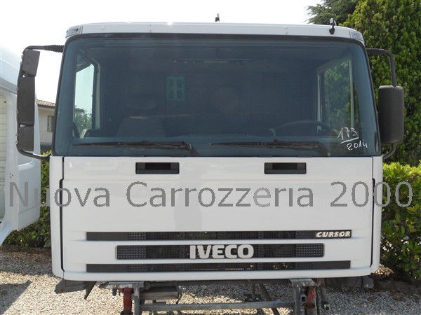 cabina IVECO per camion IVECO TRAKKER