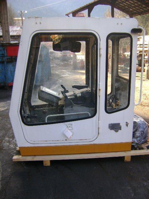 cabina LIEBHERR Cab per escavatore LIEBHERR 942 Cab