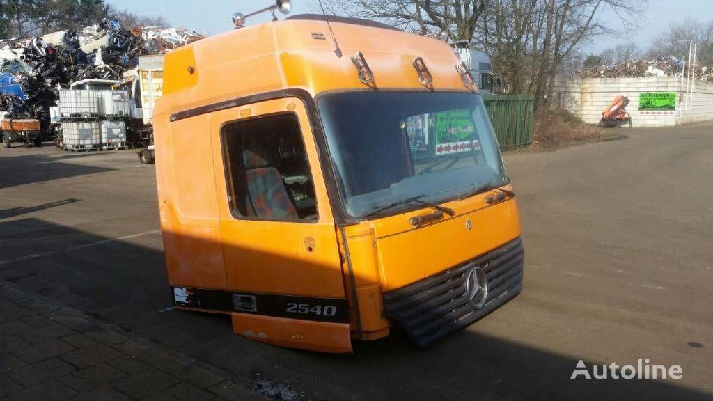cabina MERCEDES-BENZ 2540 per camion MERCEDES-BENZ 2540