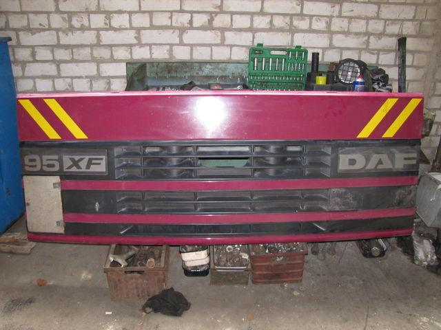 cofano DAF per trattore stradale DAF 95 XF