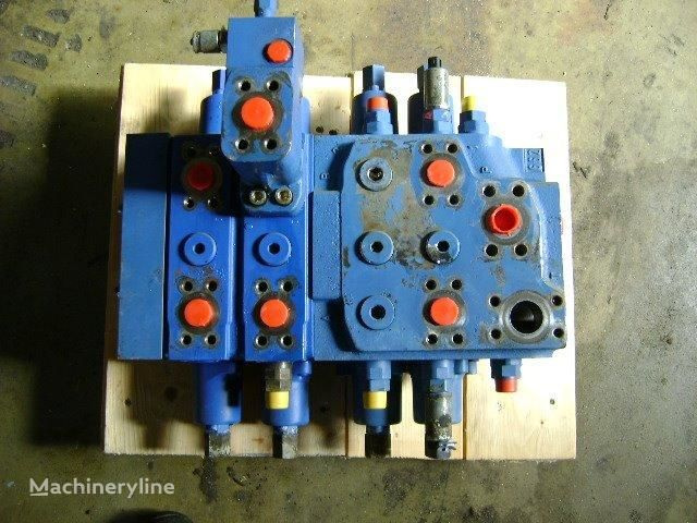 distributore idraulico LIEBHERR Distributor per pala cingolata LIEBHERR 632