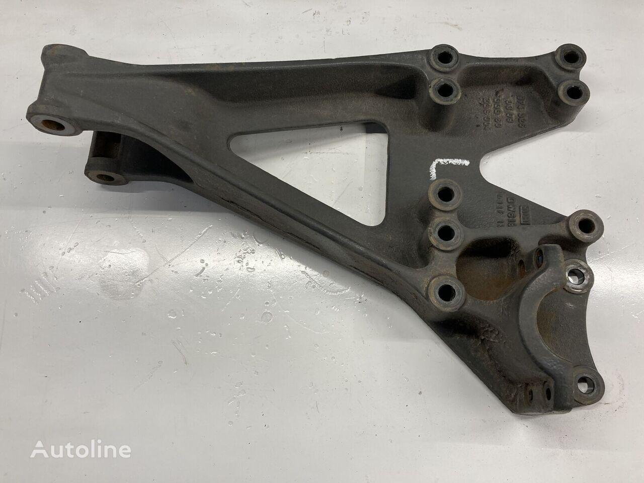 elementi di fissaggio MERCEDES-BENZ per camion MERCEDES-BENZ Steun links van achterasophanging